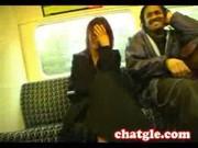 Устроила стриптиз в поезде
