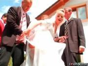 Толпой ебут невесту перед свадьбой