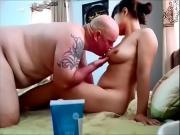 Порно муж ебет жену азиатку в домашке